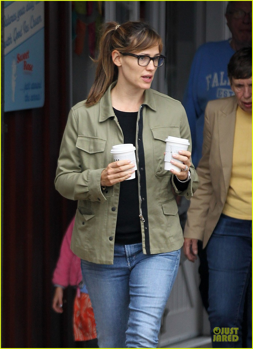 jennifer garner fox developing the whole shebang 092956342