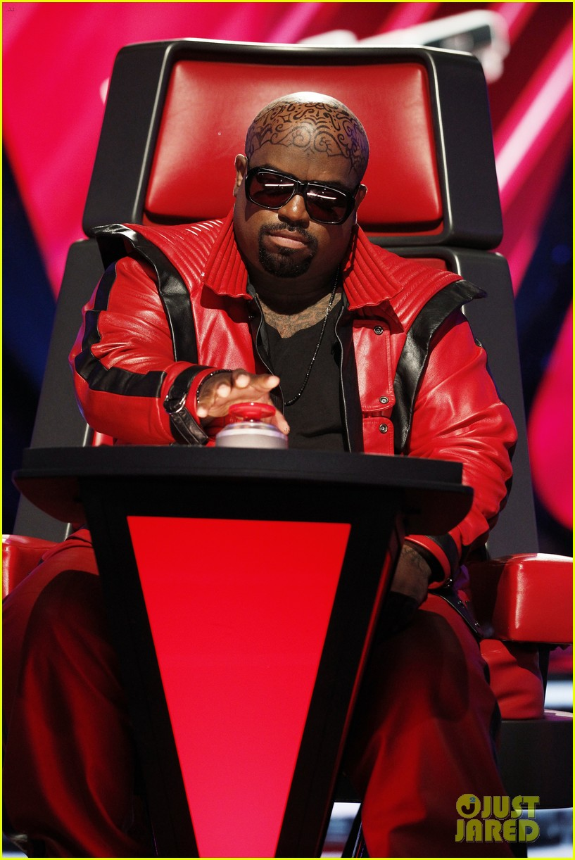 cee lo green head tattoo on the voice see the ink 012958897