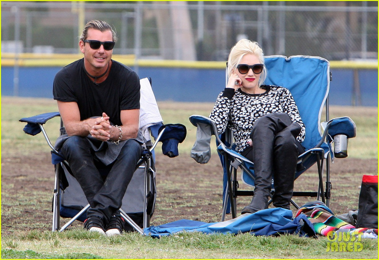 gwen stefani gavin rossdale sit sidelines at kingston soccer game 412957844