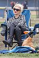 gwen stefani gavin rossdale sit sidelines at kingston soccer game 27