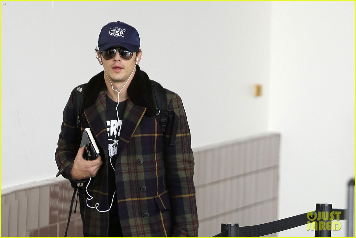 jake gyllenhaal james franco land in los angeles after tiff 022948327