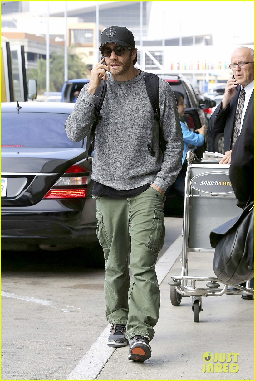 jake gyllenhaal james franco land in los angeles after tiff 142948339