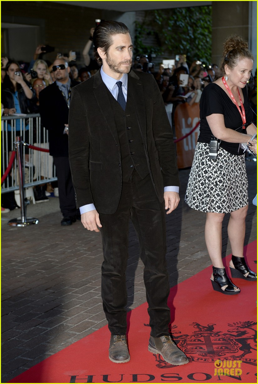 jake gyllenhaal enemy premiere at toronto film festival 03
