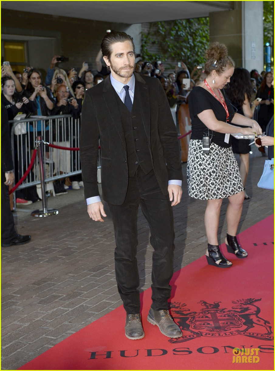 jake gyllenhaal enemy premiere at toronto film festival 12