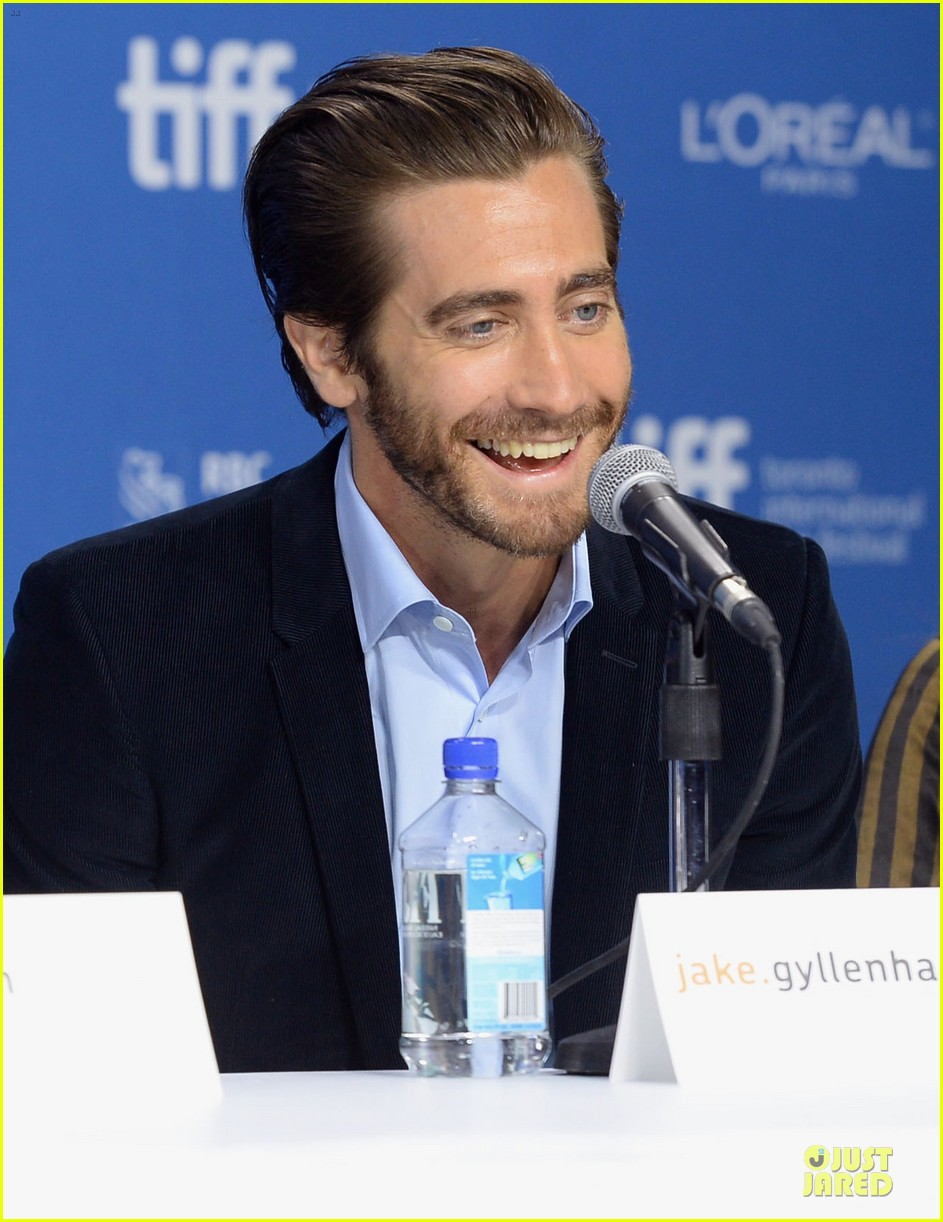 jake gyllenhaal hugh jackman prisoners tiff press conference 132945974