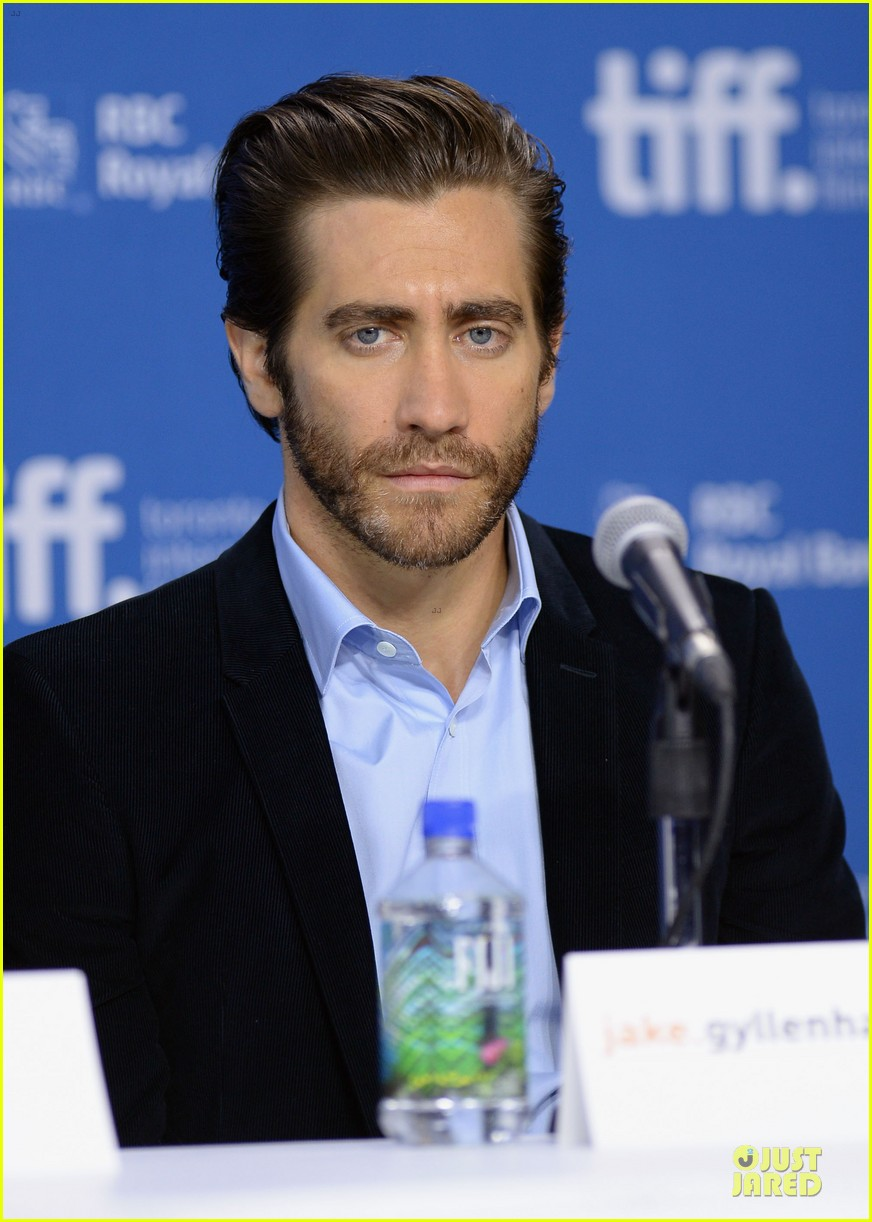 jake gyllenhaal hugh jackman prisoners tiff press conference 172945978