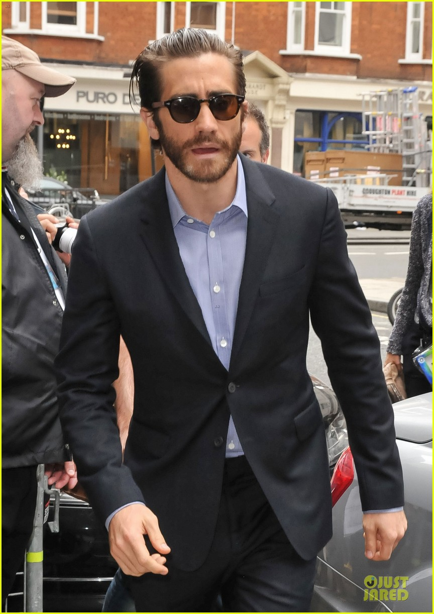 jake gyllenhaal suggested tattoos for prisoners character 062958699