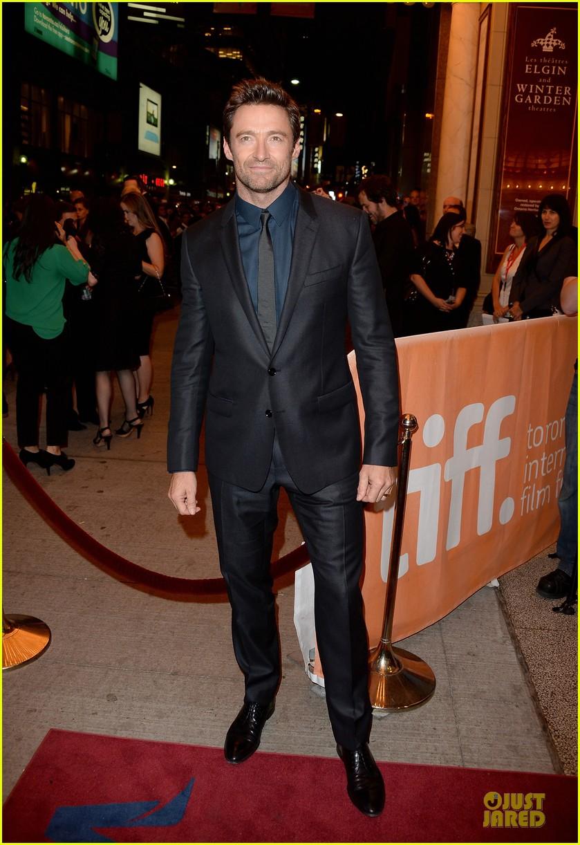 http://cdn01.cdn.justjared.com/wp-content/uploads/2013/09/gyllenhaal-toronto/jake-gyllenhaal-hugh-jackman-prisoners-tiff-premiere-01.jpg