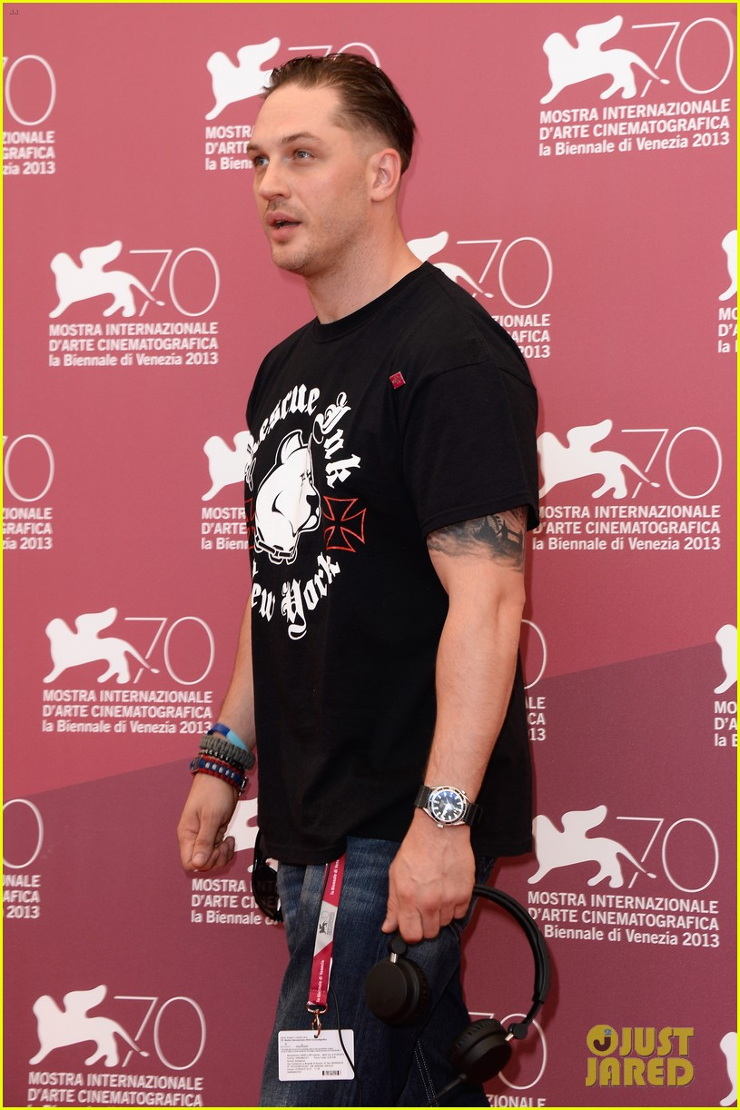 tom hardy locke photo call at venice film festival 06