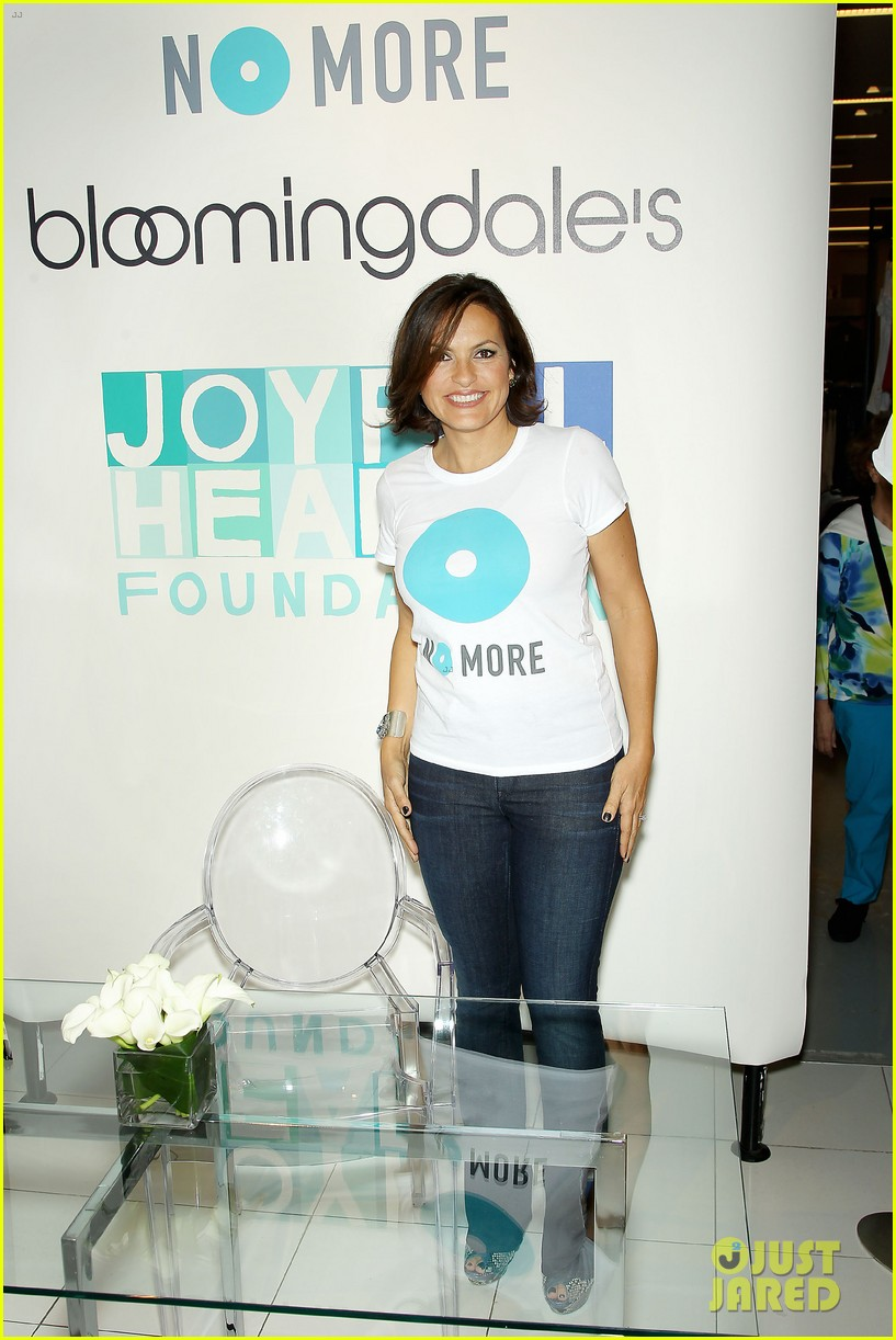 mariska hargitay says no more to domestic violence 072960016