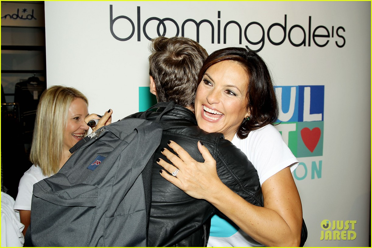 mariska hargitay says no more to domestic violence 192960028