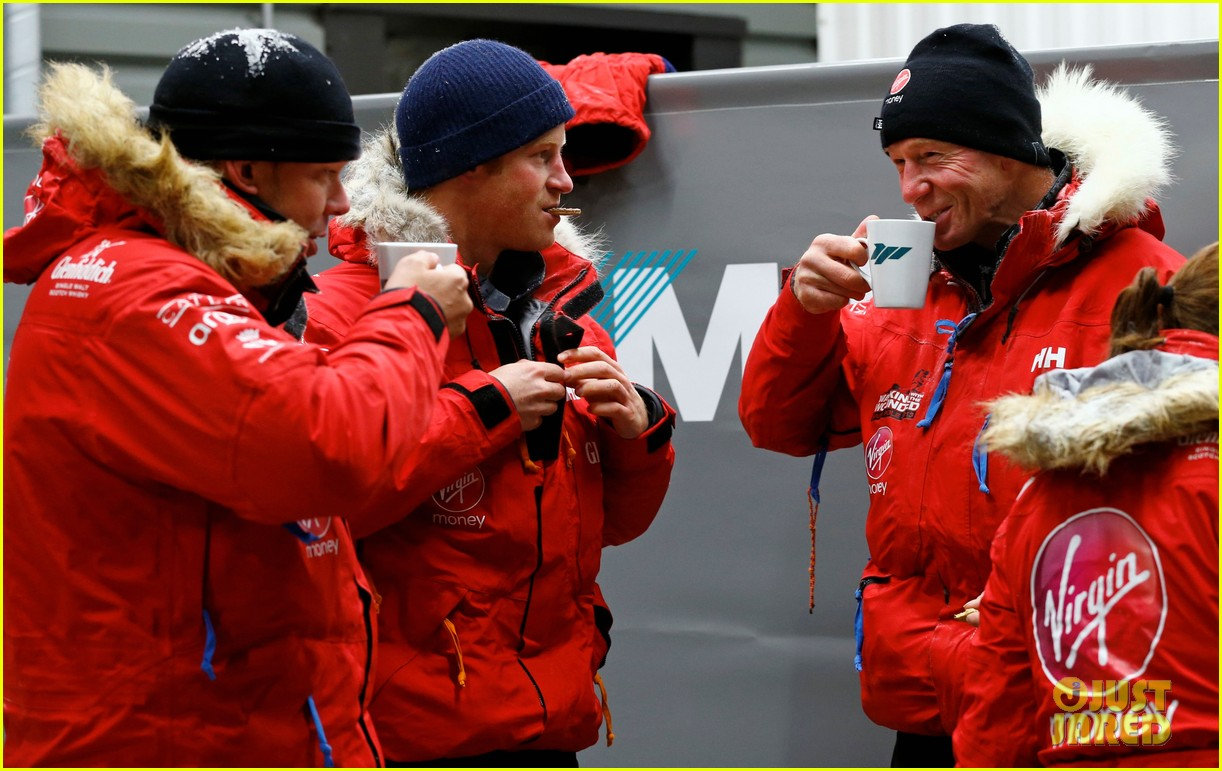 prince harry preps for south pole trip by freezing himself 052954187