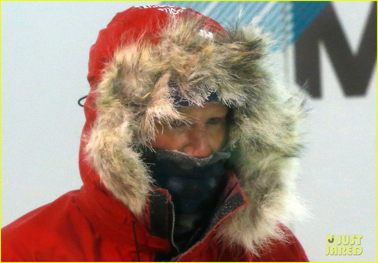 prince harry preps for south pole trip by freezing himself 092954191