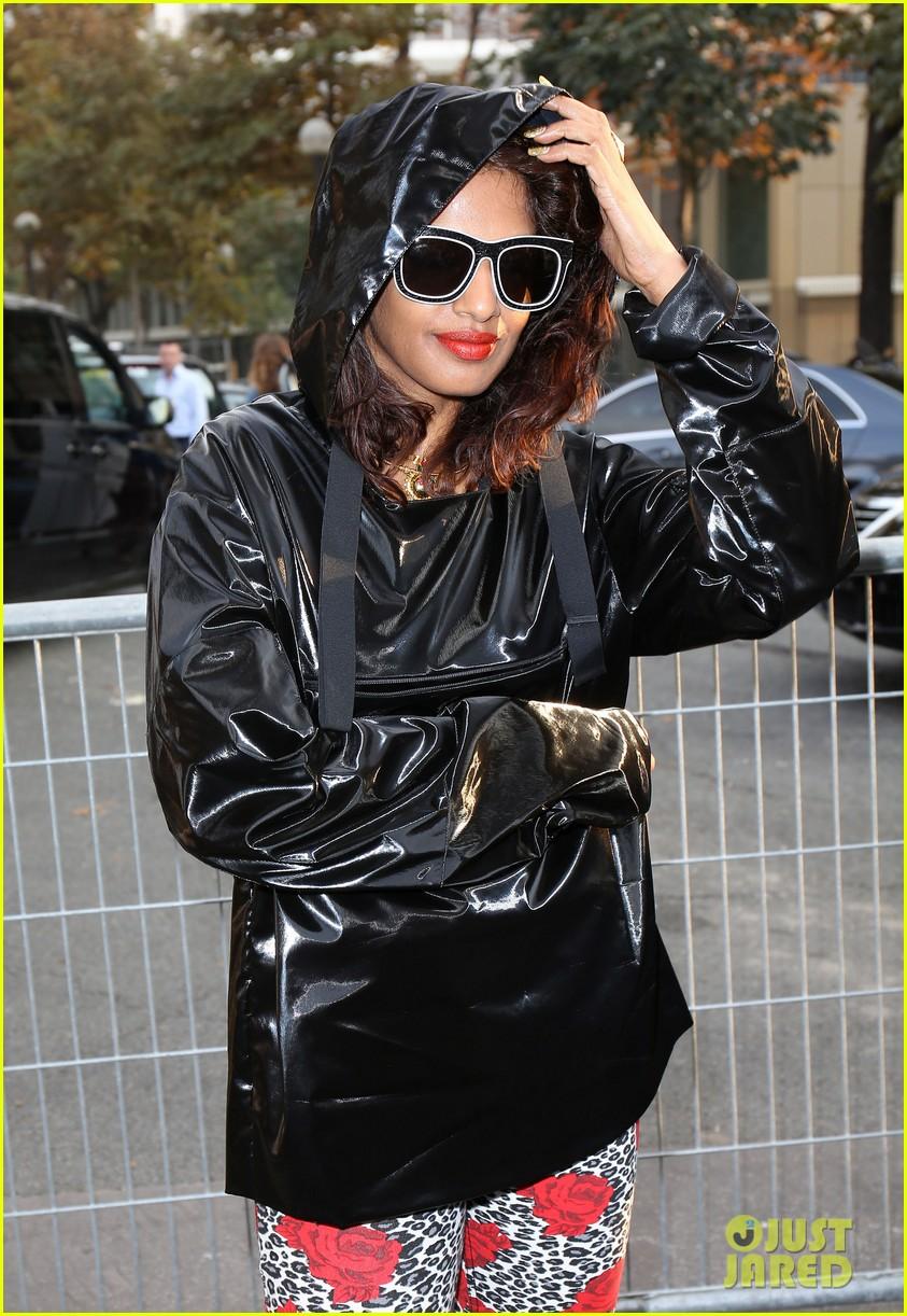 salma hayek balenciaga paris fashion show 122960559