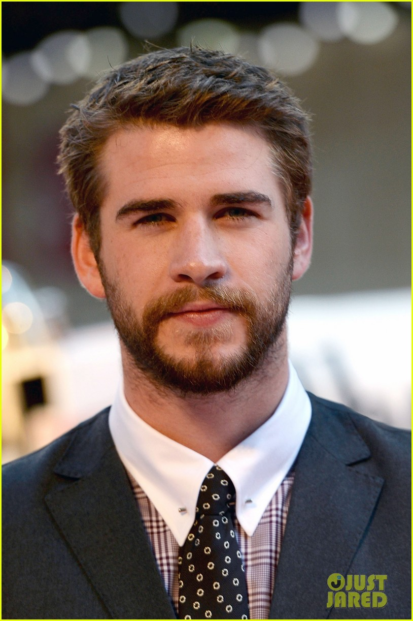 liam hemsworth supports brother chris at rush premiere 082942532