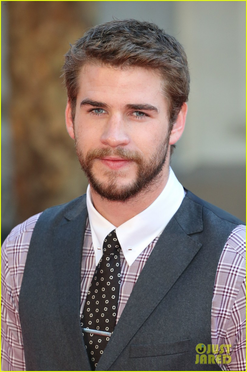 liam hemsworth supports brother chris at rush premiere 202942544