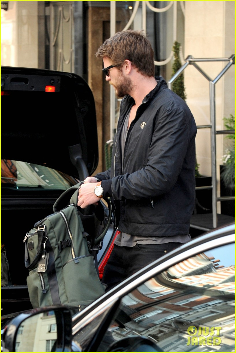 liam hemsworth steps out in london miley cyrus records in l a 04