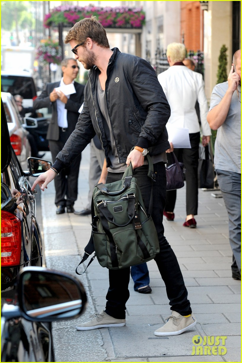 liam hemsworth steps out in london miley cyrus records in l a 152944448