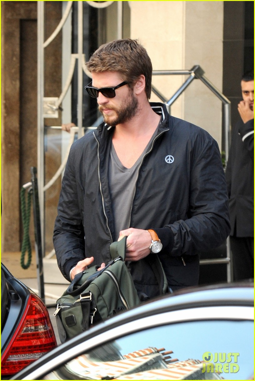 liam hemsworth steps out in london miley cyrus records in l a 162944449