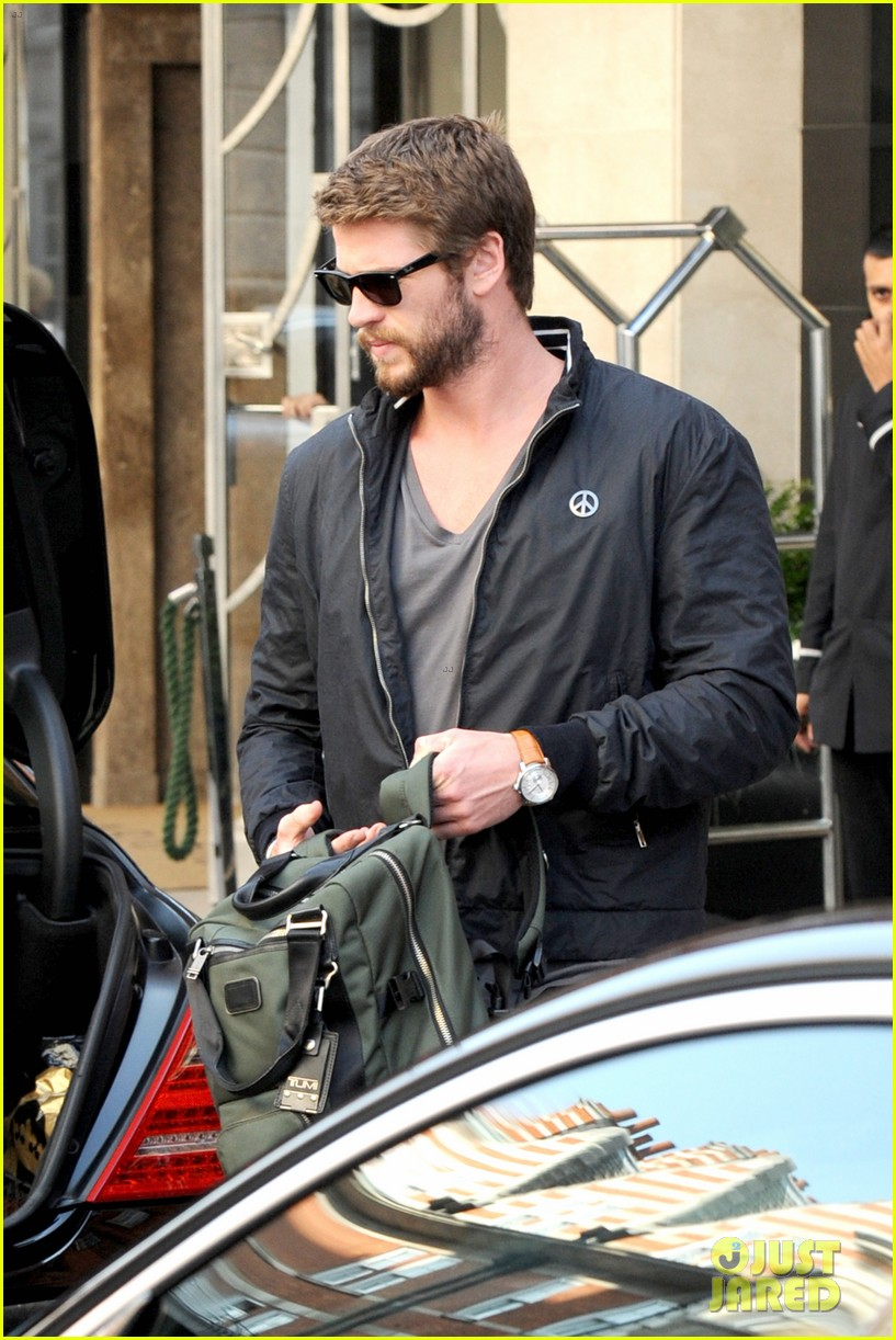 liam hemsworth steps out in london miley cyrus records in l a 172944450