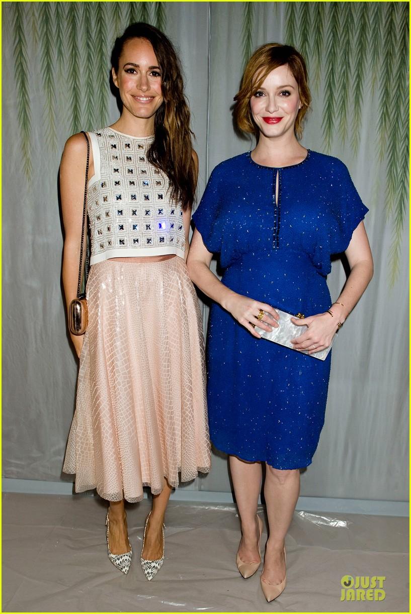 christina hendricks louise roe jenny packham fashion show 012949787