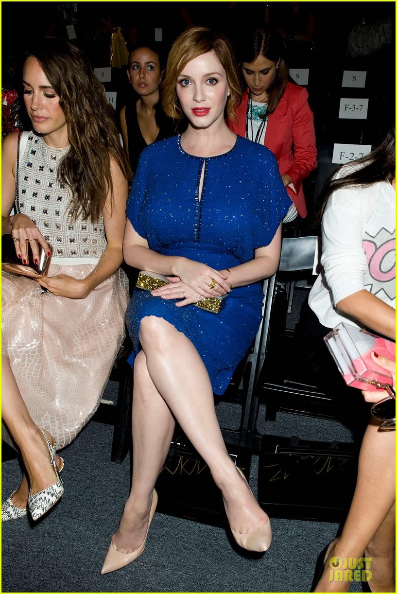 christina hendricks louise roe jenny packham fashion show 042949790