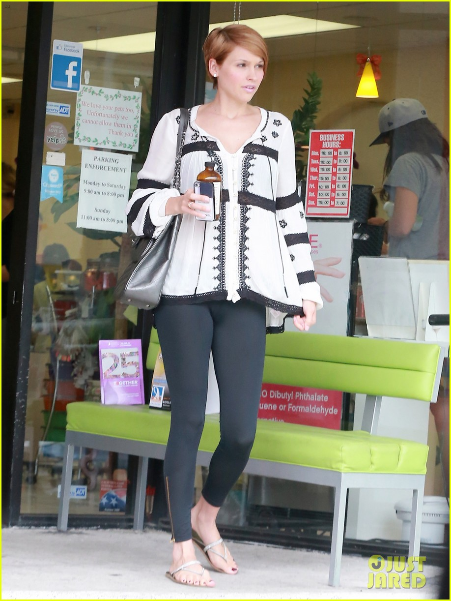 hilary duff girls day out with lisa stelly 042957688
