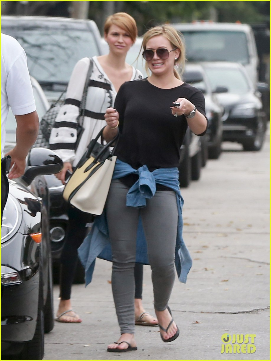 hilary duff girls day out with lisa stelly 15