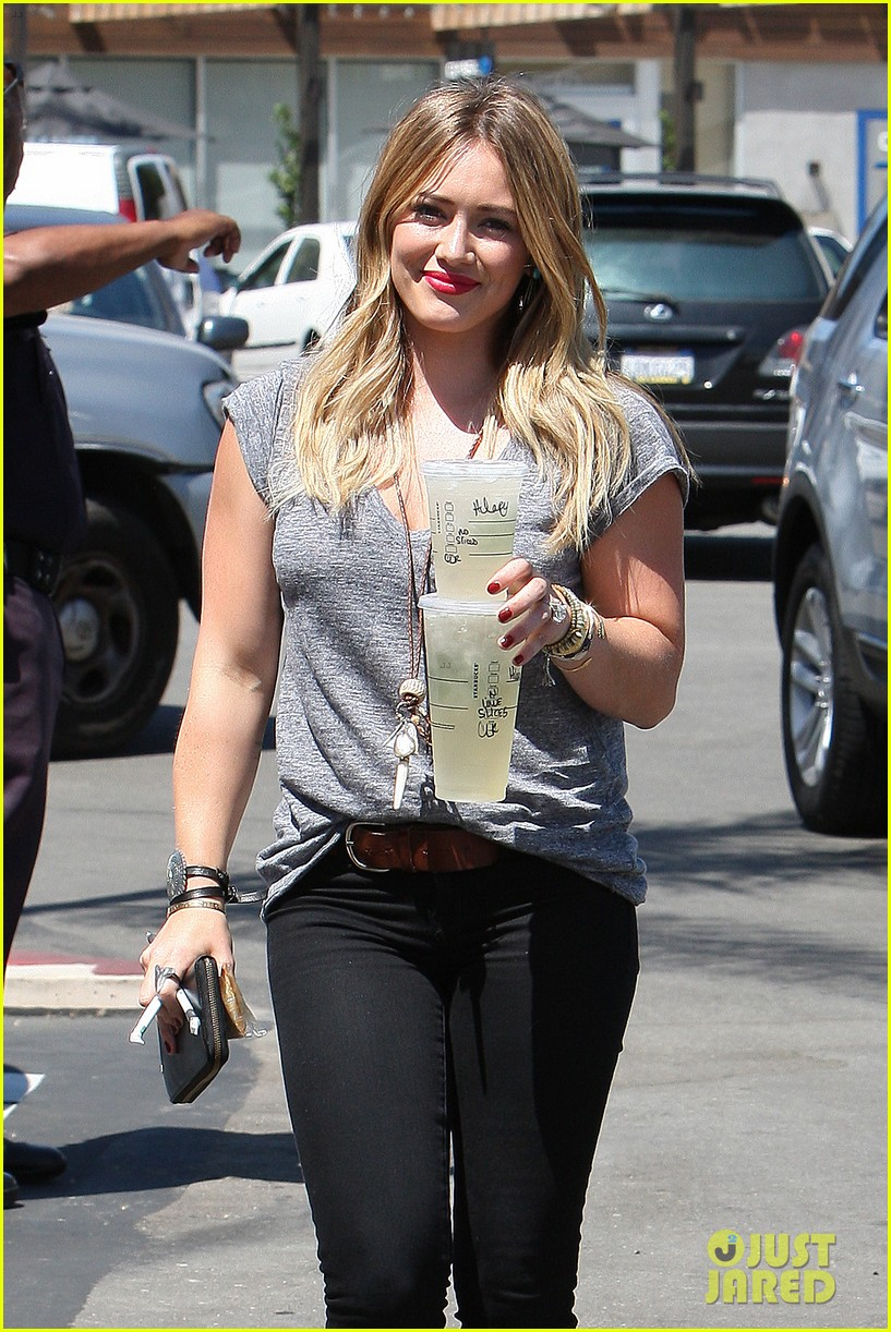 hilary duff hits starbucks after vet visit 052946785