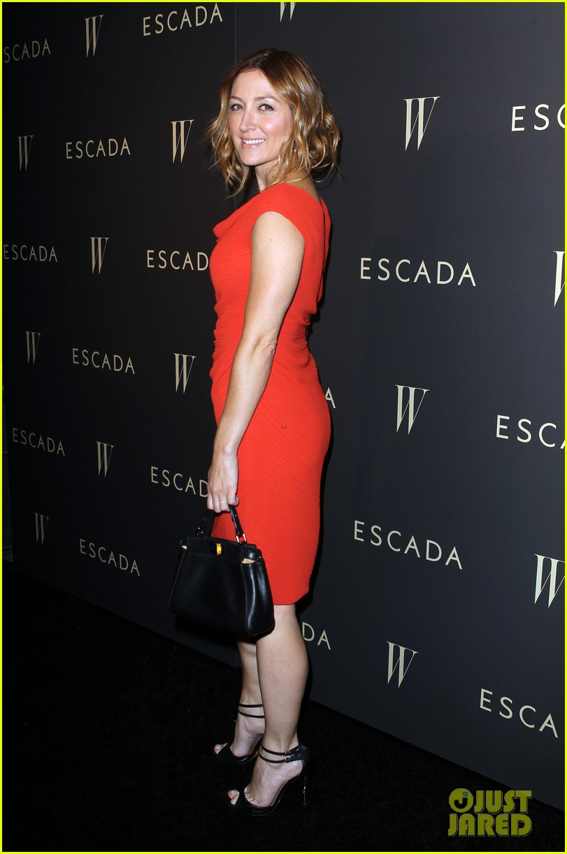 julianne hough sasha alexander escada w celebration 092960888