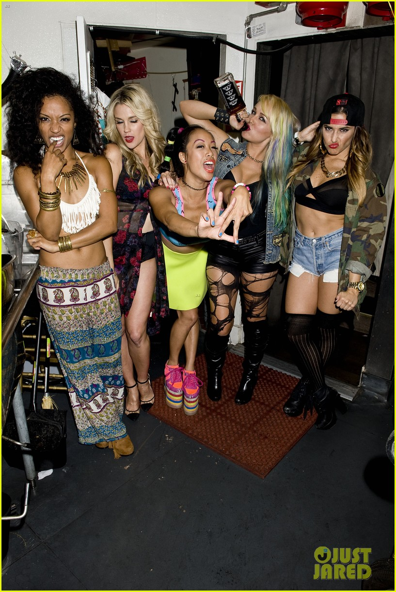 vanessa hudgens bootsy bellows performance with yla 012959665