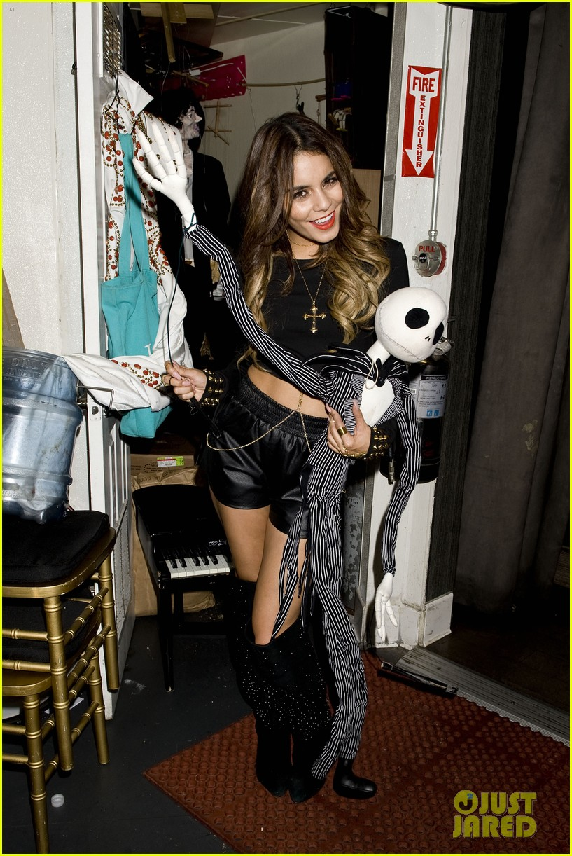 vanessa hudgens bootsy bellows performance with yla 142959678