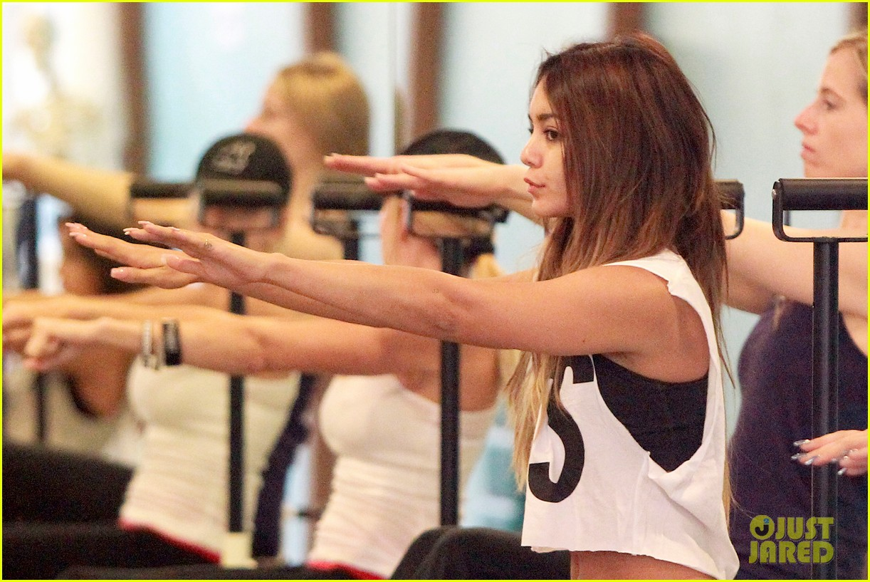 vanessa hudgens friday morning pilates with stella 10