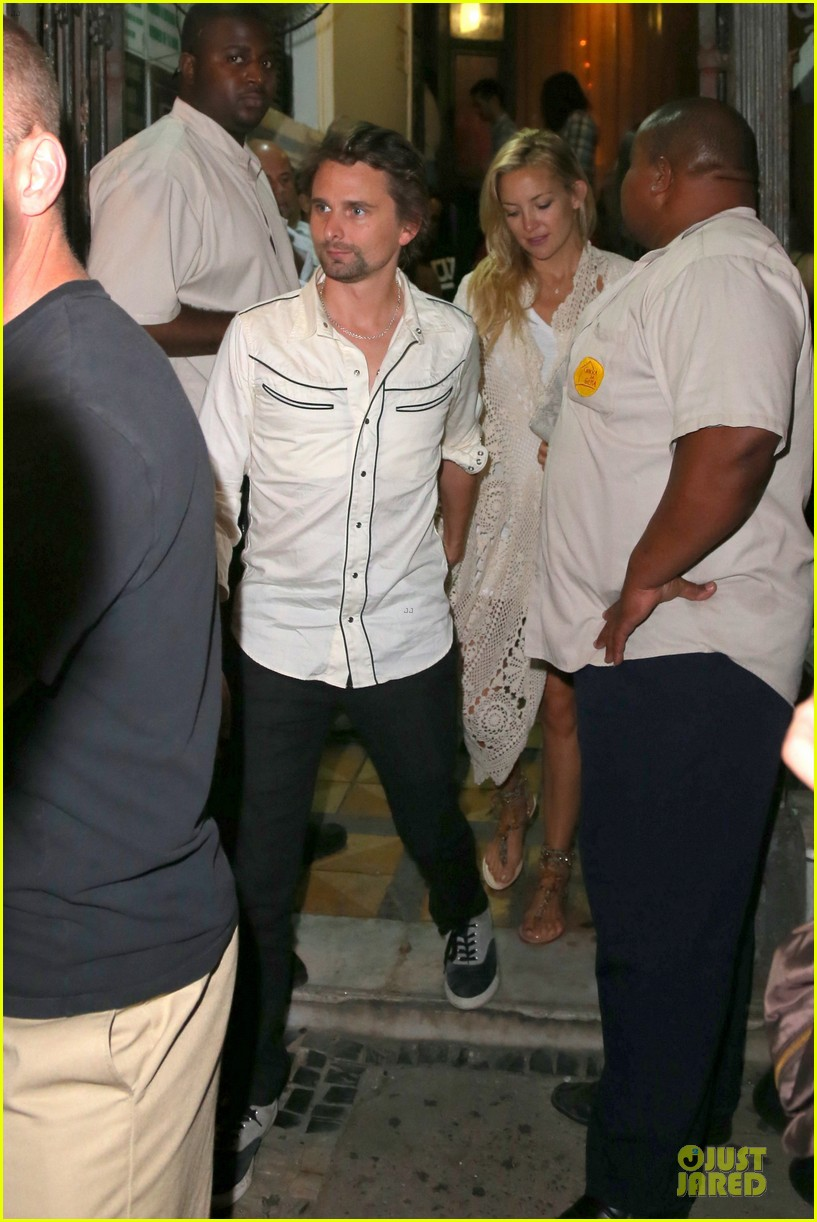 kate hudson matthew bellamy catch up with alicia keys 122952257