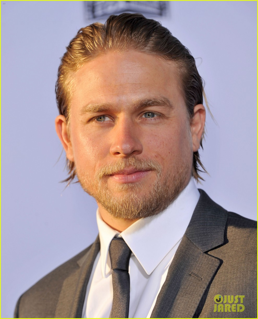 charlie hunnam talks fifty shades of grey for first time 162946549