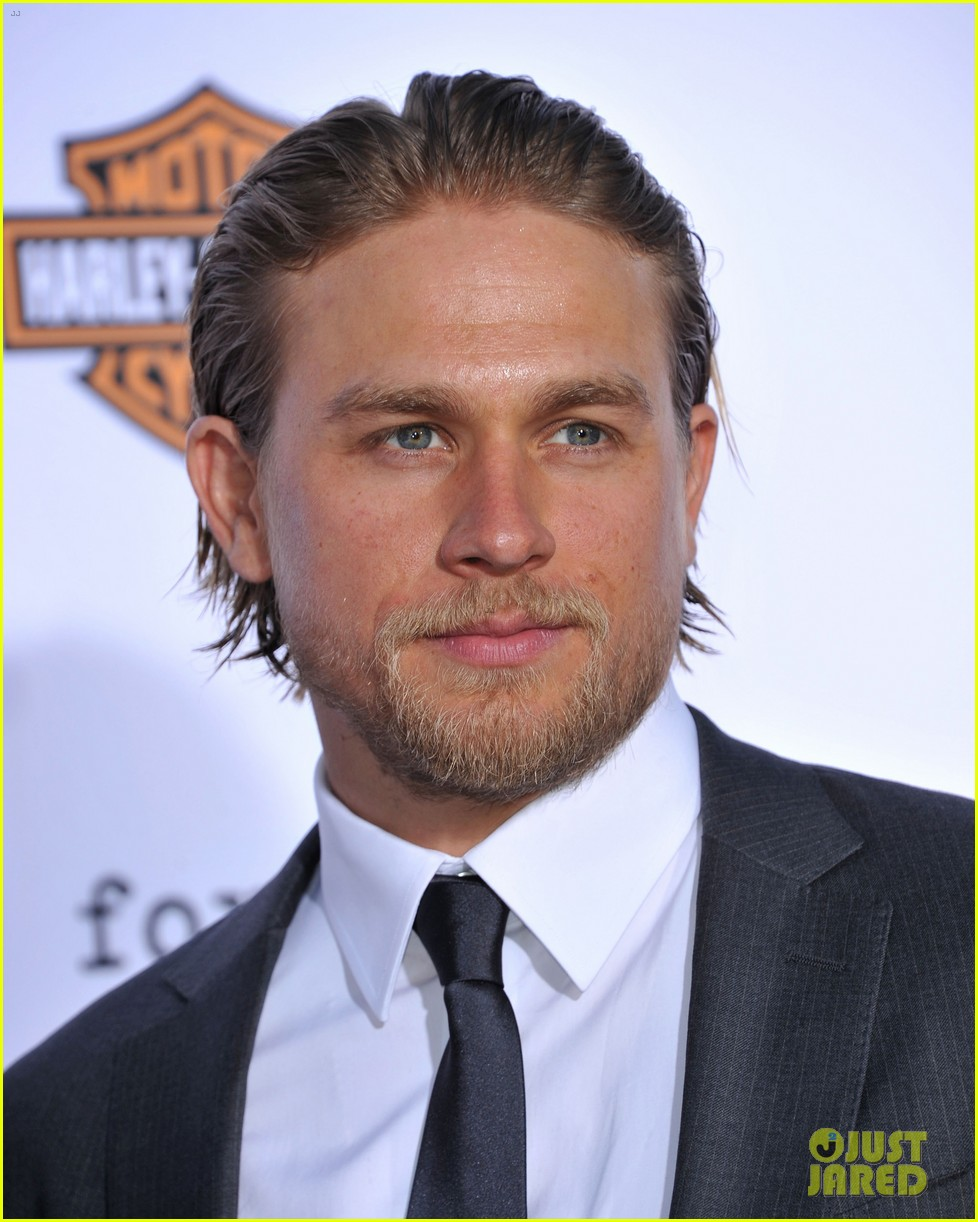 charlie hunnam talks fifty shades of grey for first time 172946550