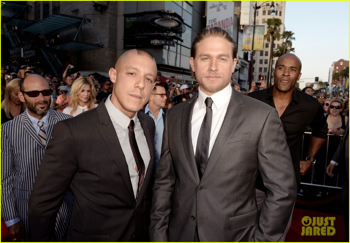 charlie hunnam talks fifty shades of grey for first time 21