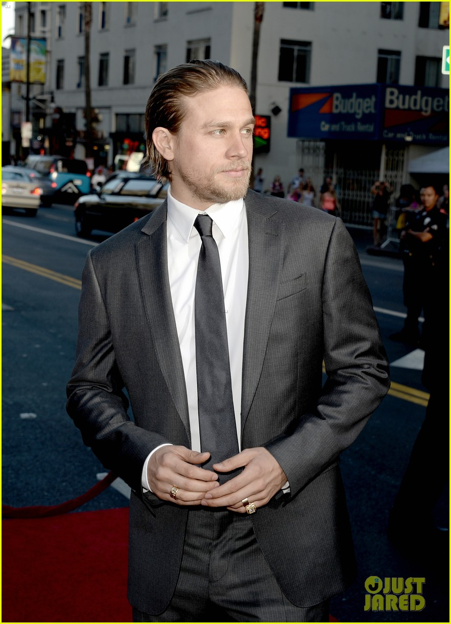 charlie hunnam talks fifty shades of grey for first time 262946559