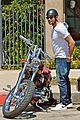 jesse metcalfe motors on labor day after house party 18