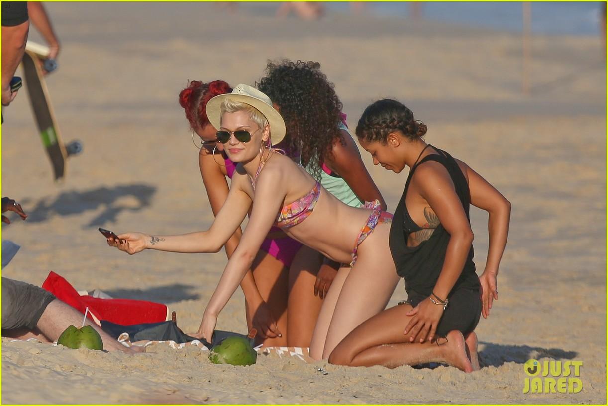 jessie j shows off hot bikini body in rio 172955002