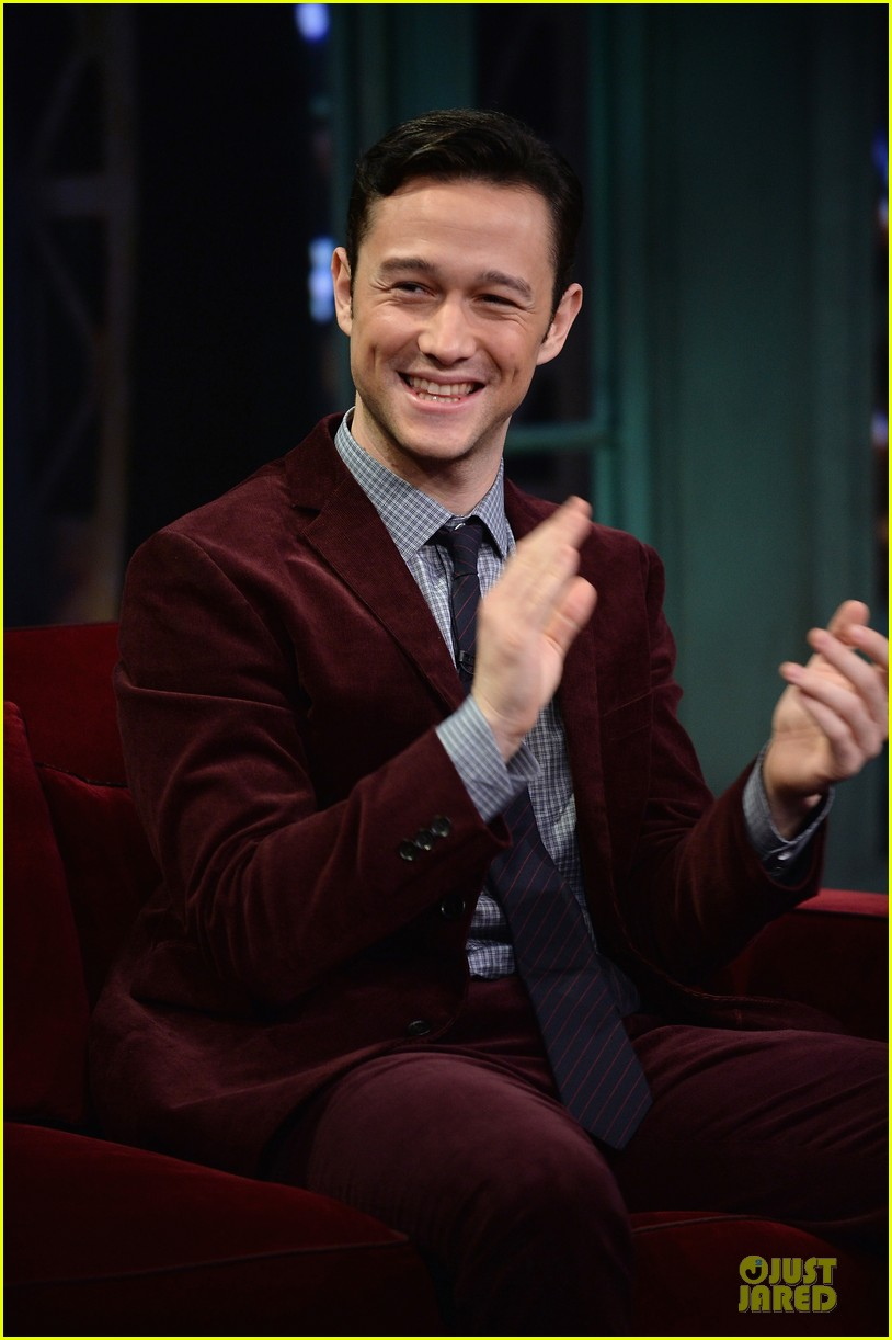joseph gordon levitt lip synching contest on fallon 132959456