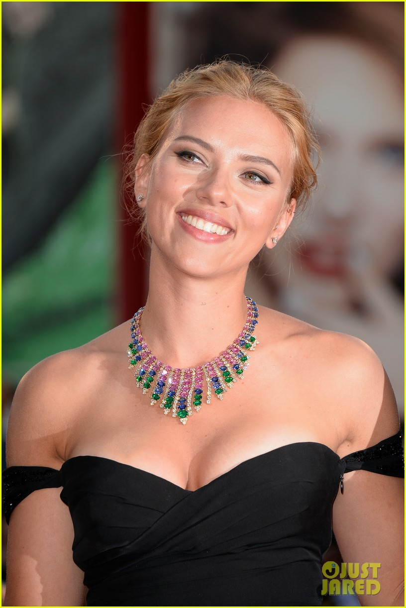 scarlett johansson under the skin venice premiere 102942978