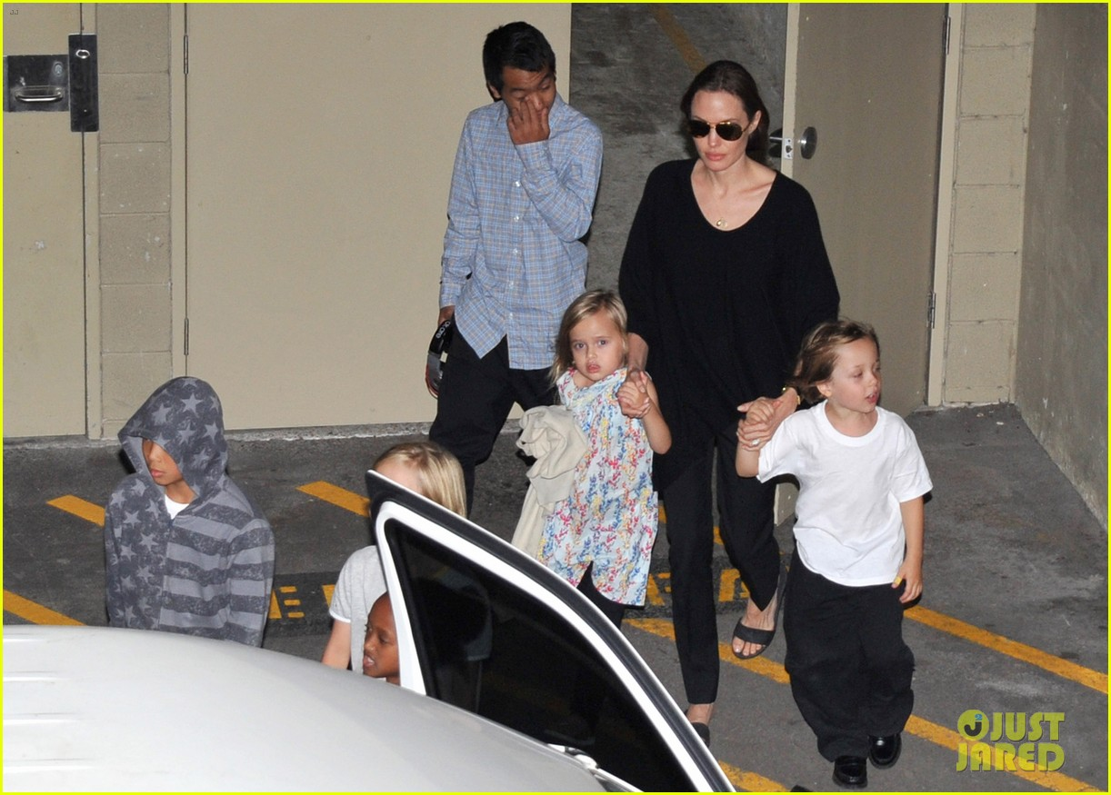 angelina jolie goes bowling in australia with all six kids 11