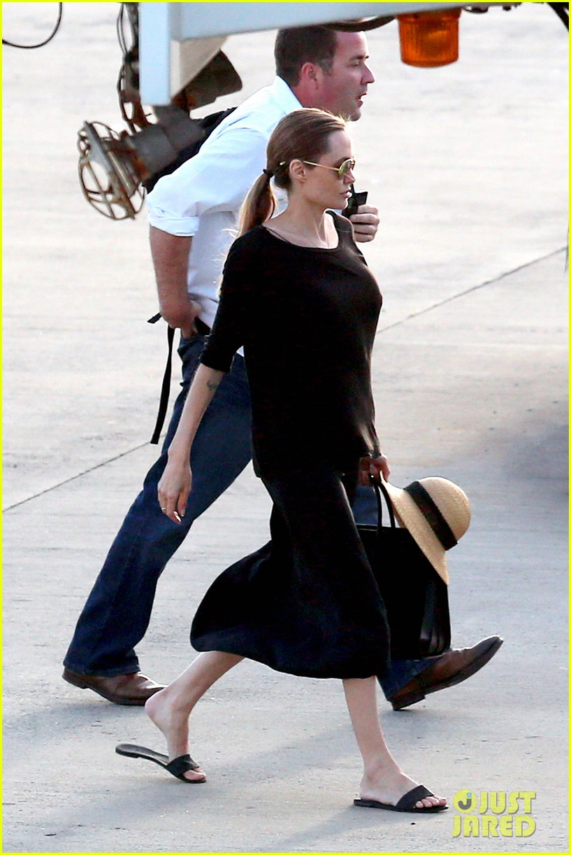 angelina jolie scouts locations for unbroken 012950141
