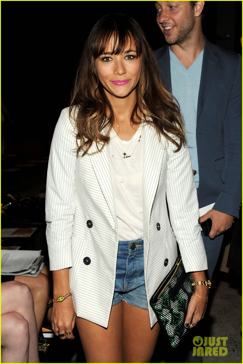 rashida jones lake bell band of outsiders fashion show 022948018
