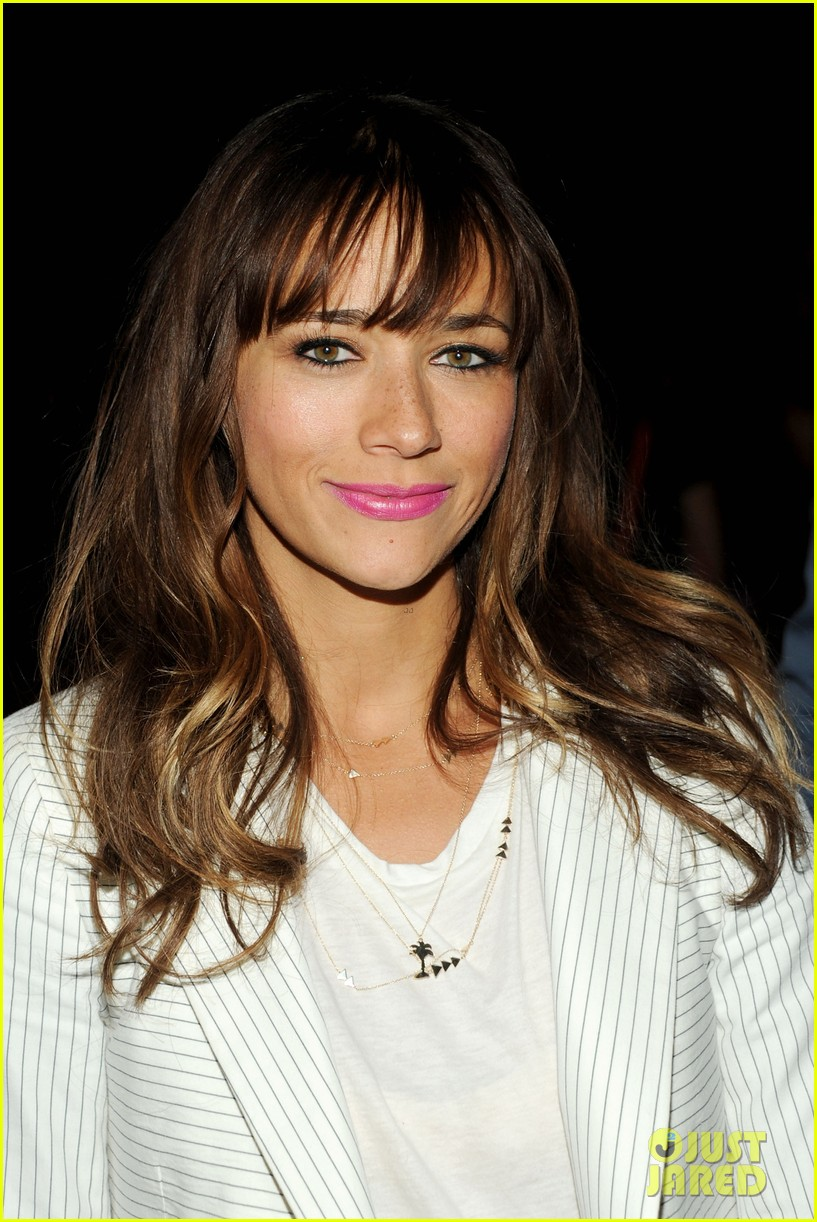 rashida jones lake bell band of outsiders fashion show 082948024