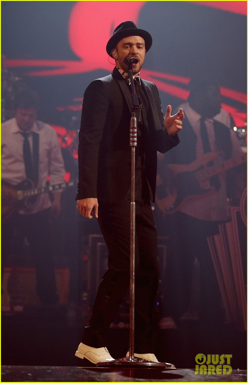 justin timberlake debuts two new songs iheartradio watch 032957341