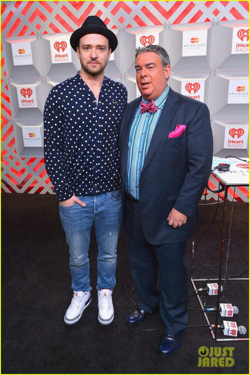 justin timberlake debuts two new songs iheartradio watch 07