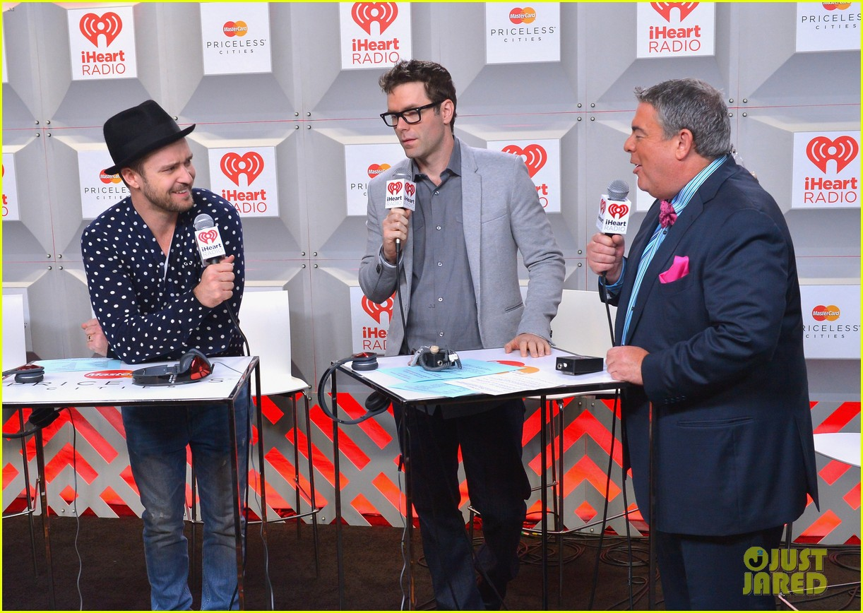 justin timberlake debuts two new songs iheartradio watch 102957348