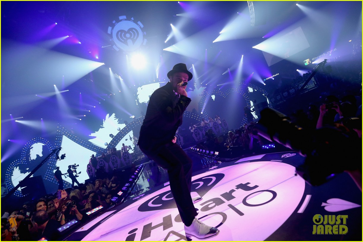 justin timberlake debuts two new songs iheartradio watch 22